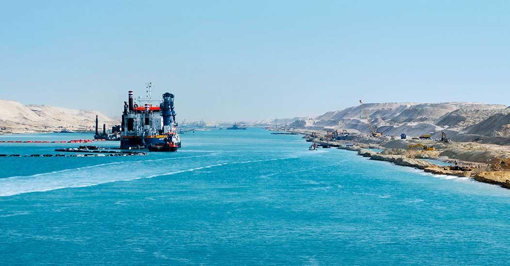 new-suez-canal-egypt-portfolio-bg